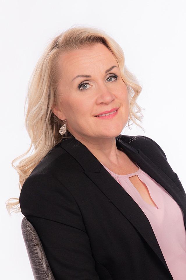 Maria Saarenpää, LKV, YKV, AKA (asunto)